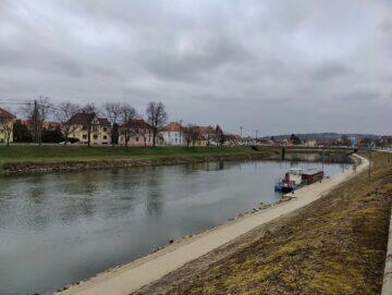 OnePlus 9 Pro foto řeka