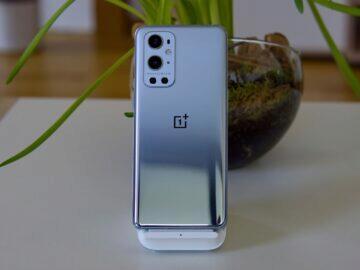 OnePlus 9 Pro zadní strana