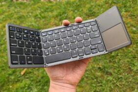 skládací Bluetooth klávesnice Jelly Comb testování