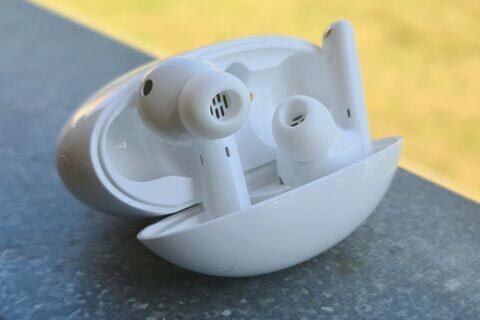 sluchátka Huawei FreeBuds 4i recenze test