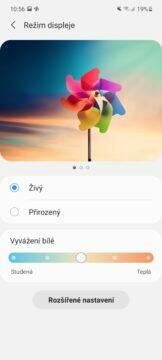 Samsung Galaxy A72 nastavení displeje