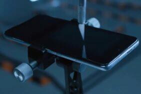 testování odolnosti telefonu Redmi Note 10 Pro video