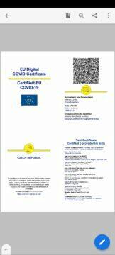 certifikát o očkování covid-19 koronavirus certifikát o očkování v mobilu aplikace Adobe Acrobat Reader pdf certifikát o provedeném testu