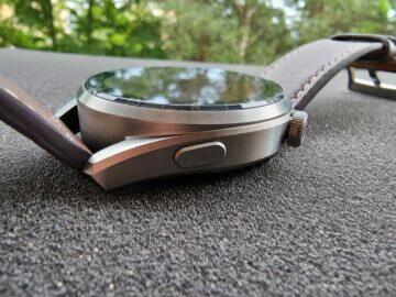 Huawei Watch 3 Pro design spodní tlačítko