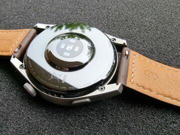 Huawei Watch 3 Pro design zadní stran