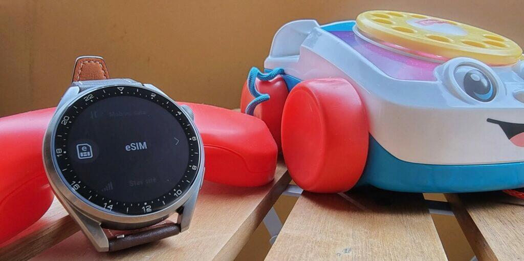 Huawei Watch 3 Pro funkce eSIM volání