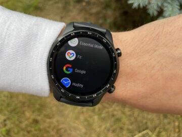 jak zvýšit výdrž baterie u chytrých hodinek