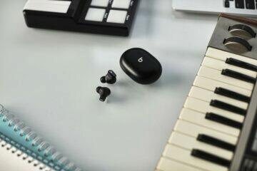 TWS Beats Studio Buds