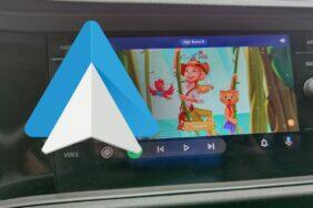 Android Auto dotykové hry hraní GearSnacks