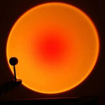 Lampička s efektem západu Slunce