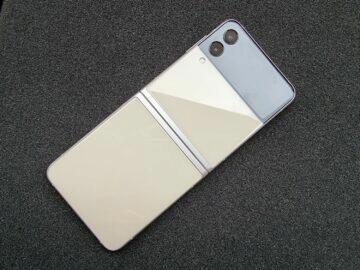 Samsung Galaxy Z Flip3 recenze pant 4