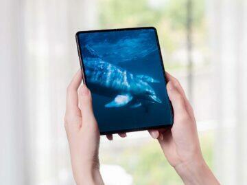 Samsung Galaxy Z Fold3 ohený displej