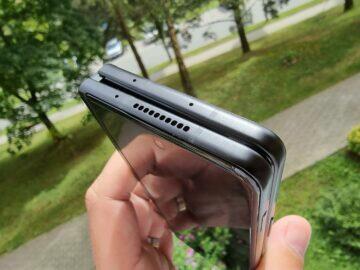Samsung Galaxy Z Fold3 recenze design horní hrana