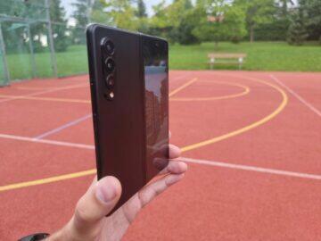 Samsung Galaxy Z Fold3 recenze foto náhled vnější