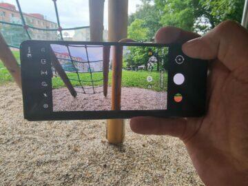 Samsung Galaxy Z Fold3 recenze foto vnější