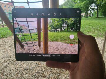 Samsung Galaxy Z Fold3 recenze foto vnitřní