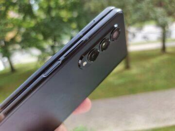 test Samsung Galaxy Z Fold3 tlačítka