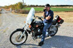 Apple iPhone vibrace na motorce