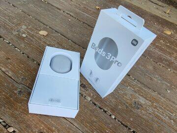 Recenze sluchátka Xiaomi Redmi Buds 3 Pro balení pouzdro