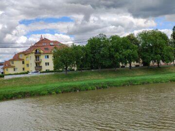 Vivo X60 Pro zoom fotoaparát řeka