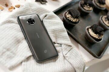 Nokia G300 levný mobil