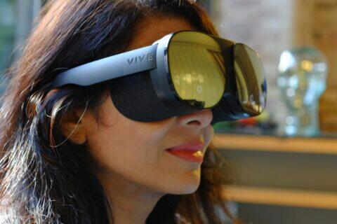 VR brýle HTC Vive Flow